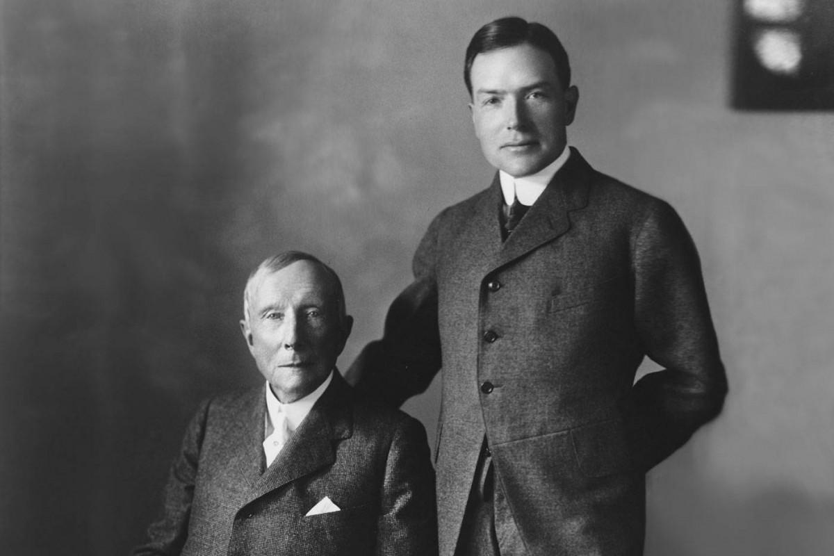 洛克菲勒之所以能夠輝煌至今,絕對與洛克菲勒傳授的家庭教育息息相關。